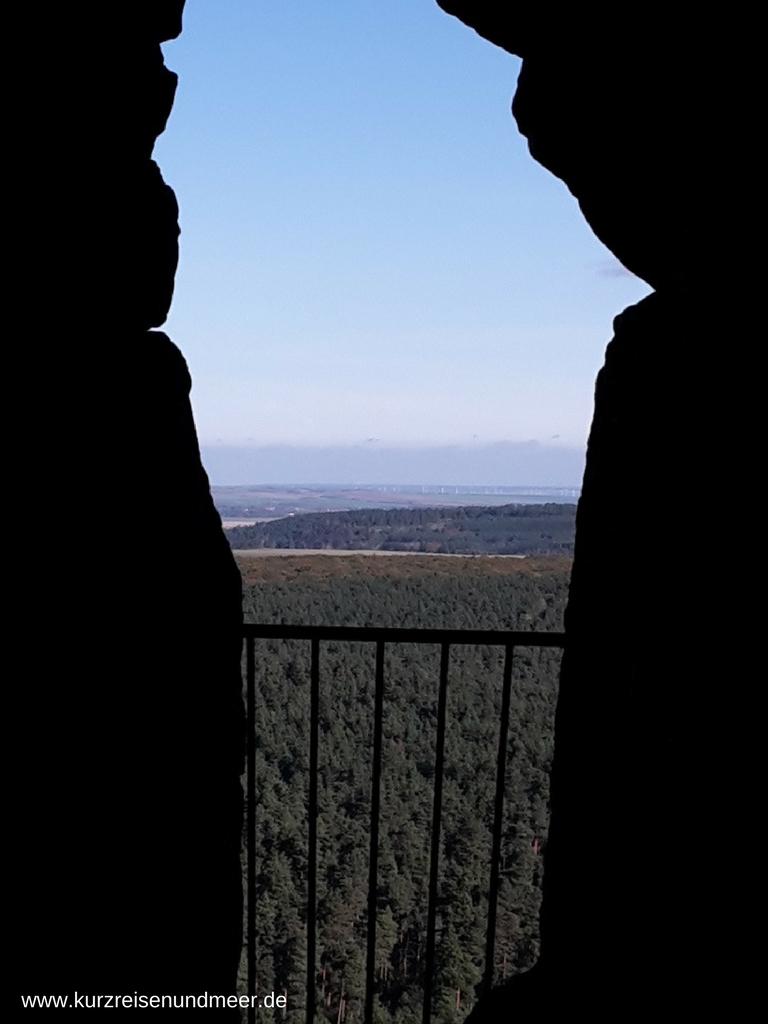 Durchbruch und Blick ins weite Land