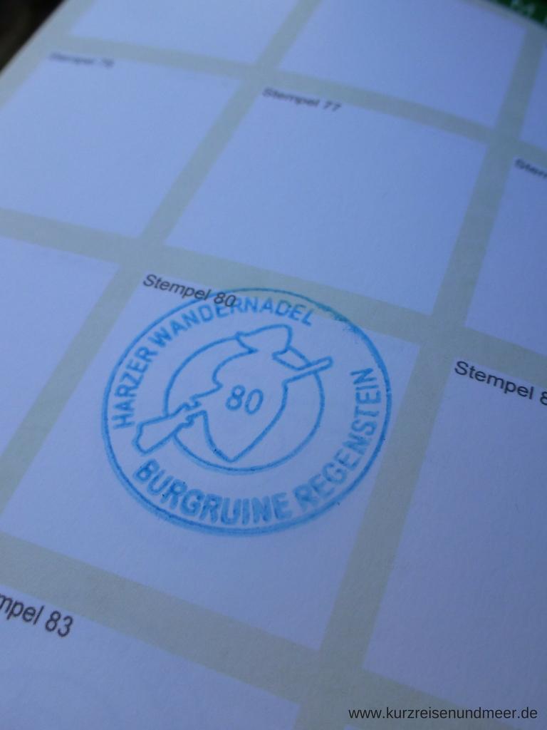 Die Stempel des Harzer Wanderpasses sehen gleich aus, bis auf die Nummer und die Bezeichnung des Stempels