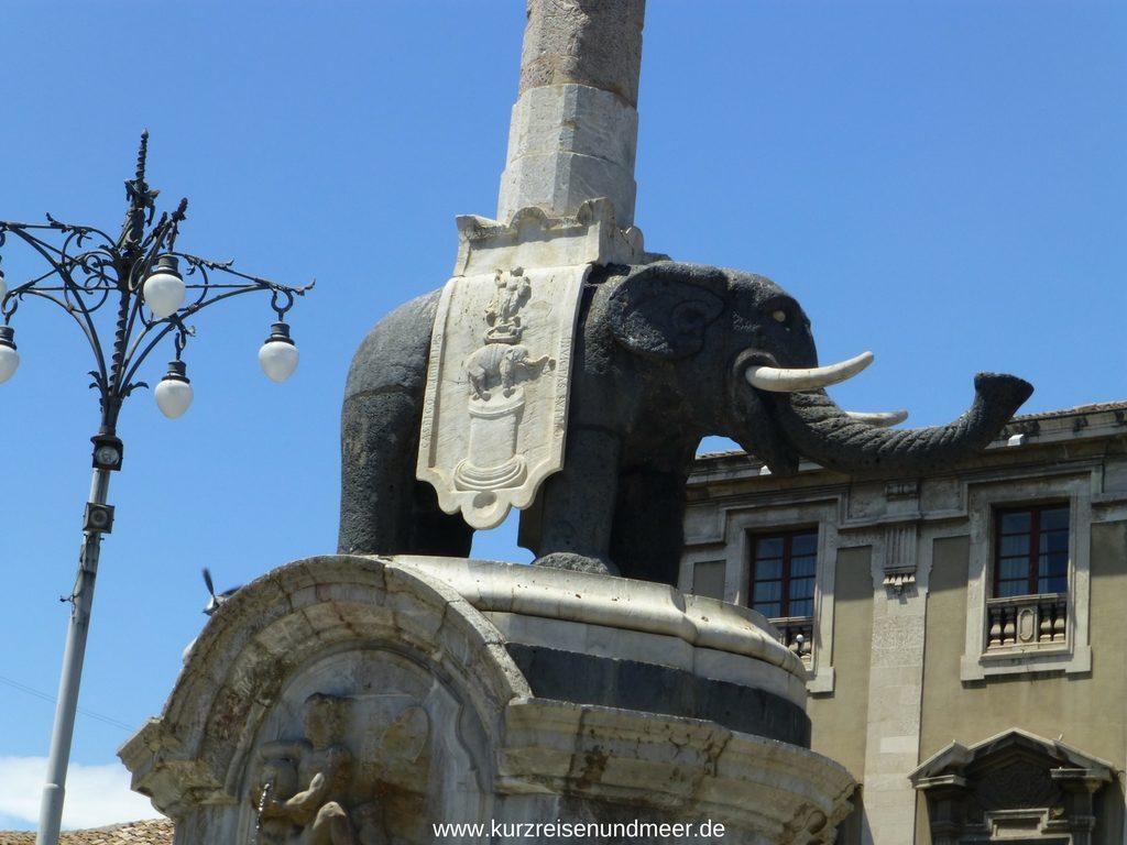 Der schwarze Elefant von Catania
