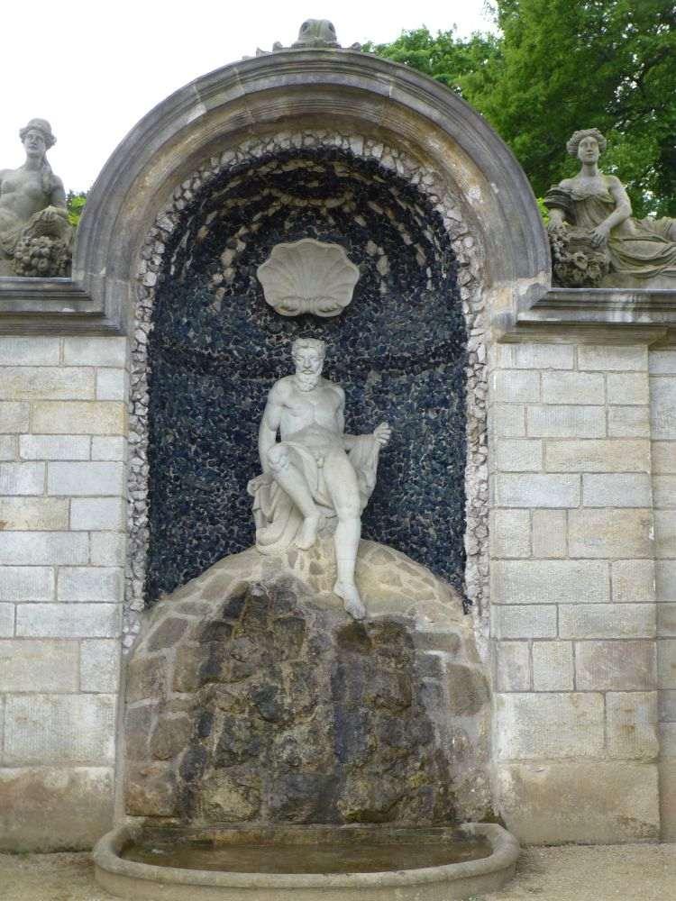 Neptungrotte in den Barocken Gärten Blankenburg
