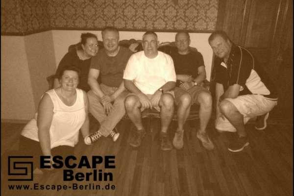 Hast Du schon einmal ein Escape Game mitgemacht? Lies' hier was Escape Games eigentlich sind und wie wir Sherlock Holmes gefunden haben!
