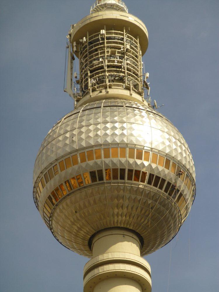 Hier sieht man die Beschaffenheit des Berliner Fernsehturms