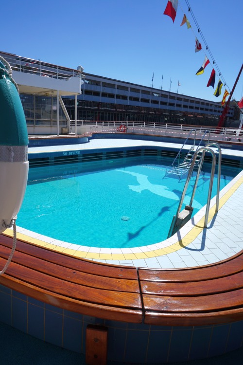 Pool der MS Albatros