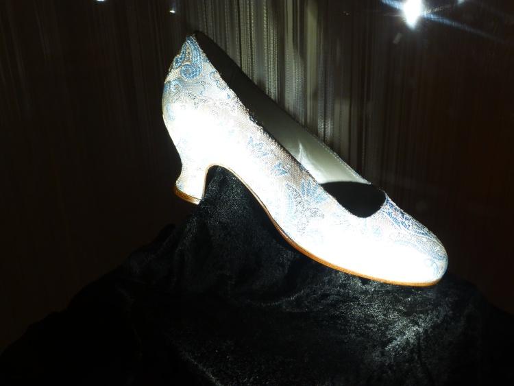 Schuh, den Aschenbrödel nach dem Ball verliert...