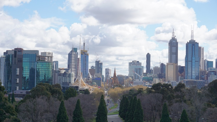 Blick auf Melbourne vom Shrine of Rememberance